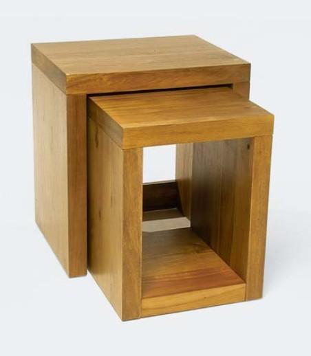 Design asztal olajozott akác 2db-os